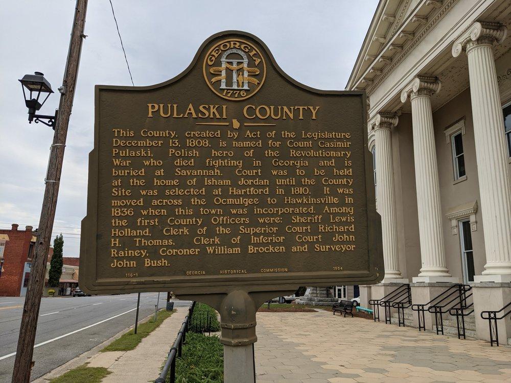 Hawkinsville Pulaski County: 141 Commerce St, Hawkinsville, GA