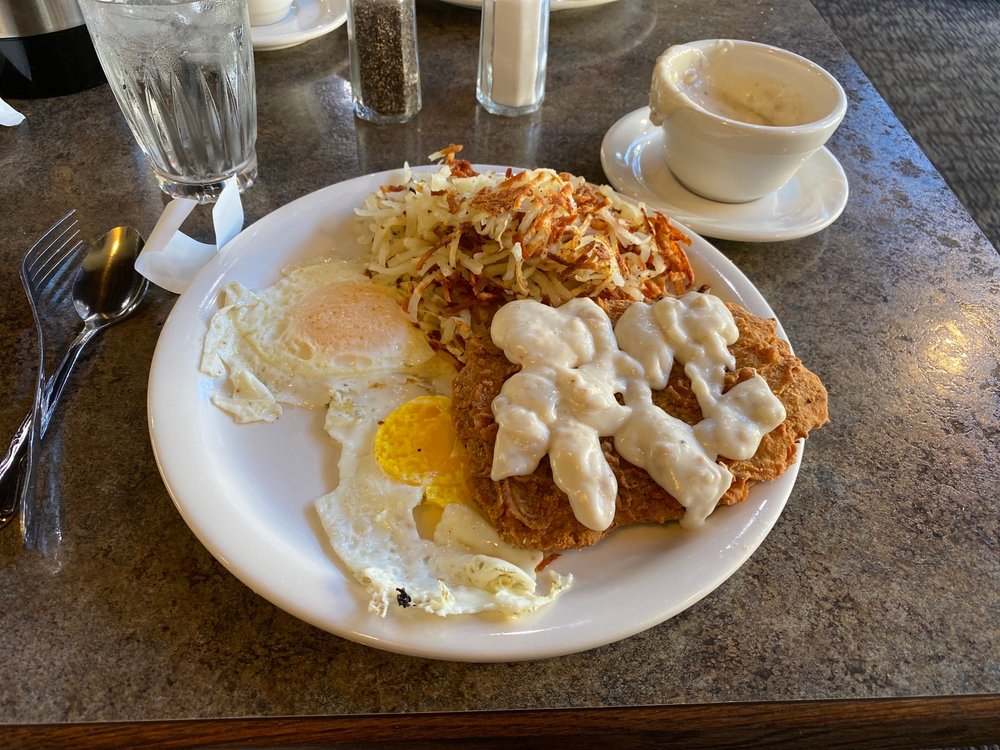 LeBaron's Honker Cafe: 1210 2nd St S, Nampa, ID