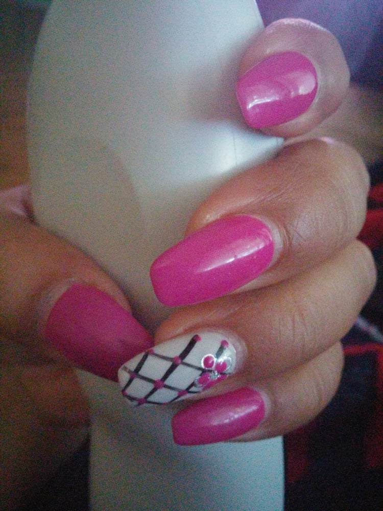 Uptown Nails And Spa Houston