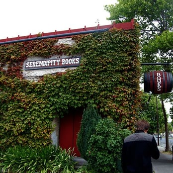 Serendipity Books - CLOSED - 15 Reviews - Bookstores - 1201