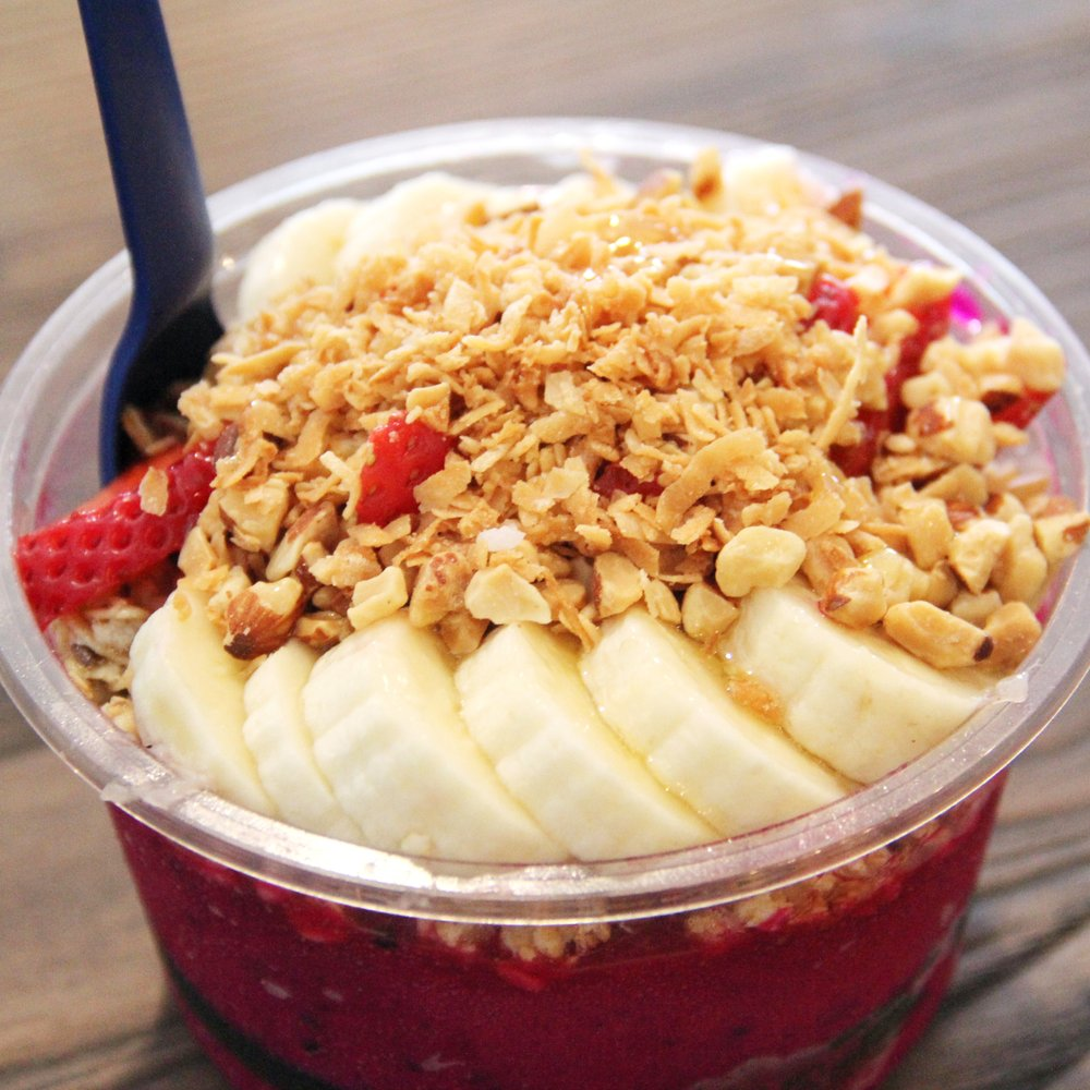 16 oz Pitaya Bowl: Hemp & Lowfat Almond Granola, Strawberry & Banana ...