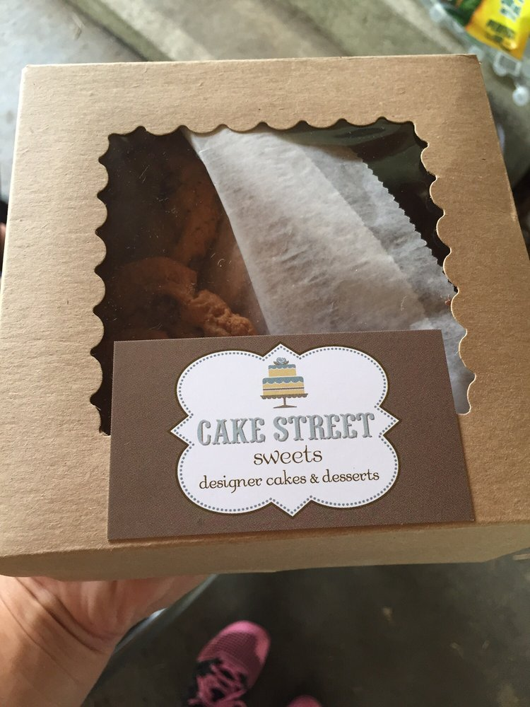 Cake Street Sweets: 190 Remsen St, Cohoes, NY