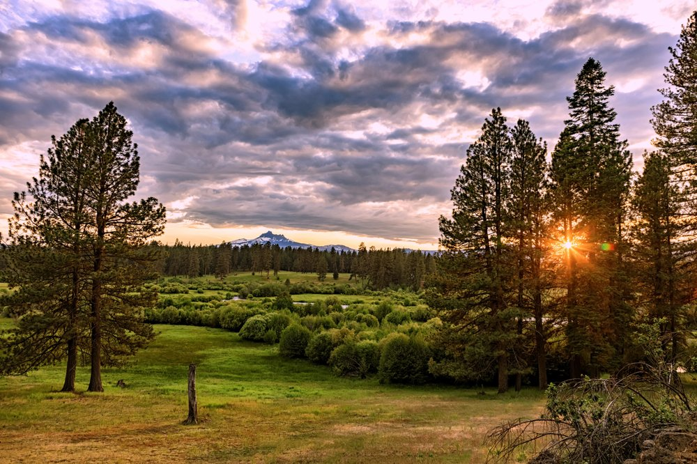 House on Metolius: NF-980, Camp Sherman, OR