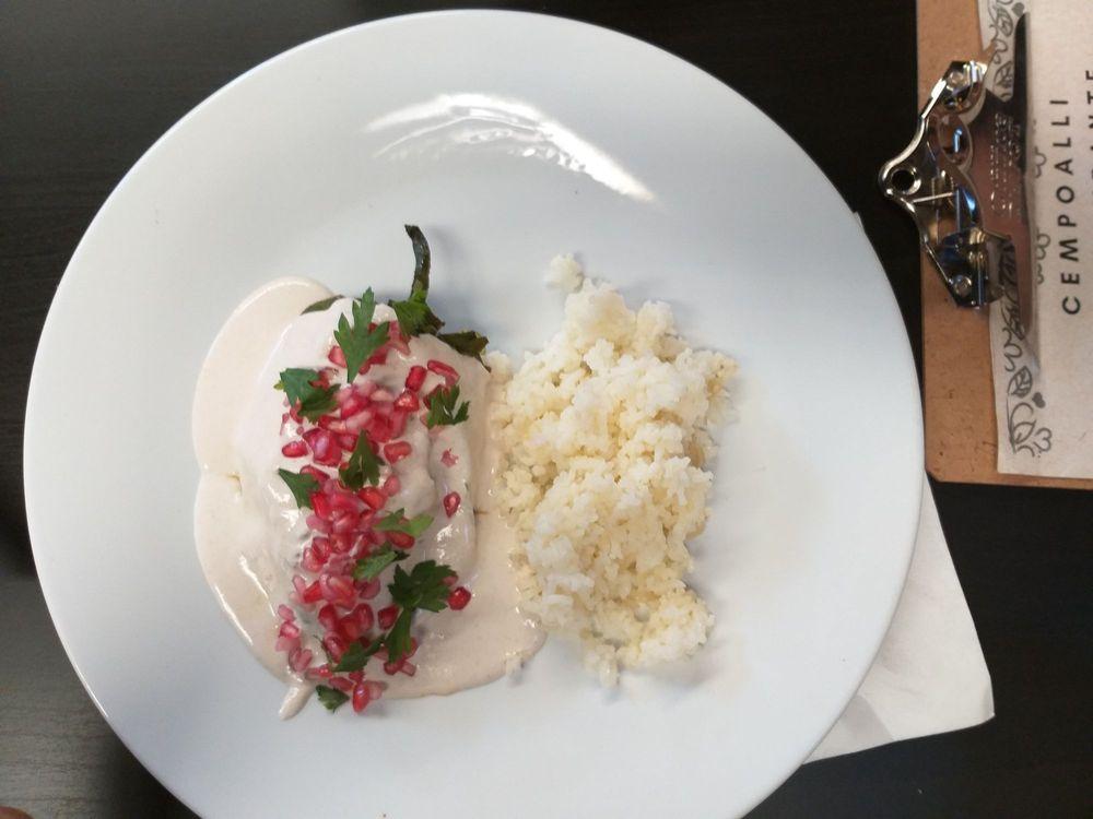 Cempoalli Cenzontle Restaurante: Presidente Adolfo de La Huerta S/N, Tecate, BCN