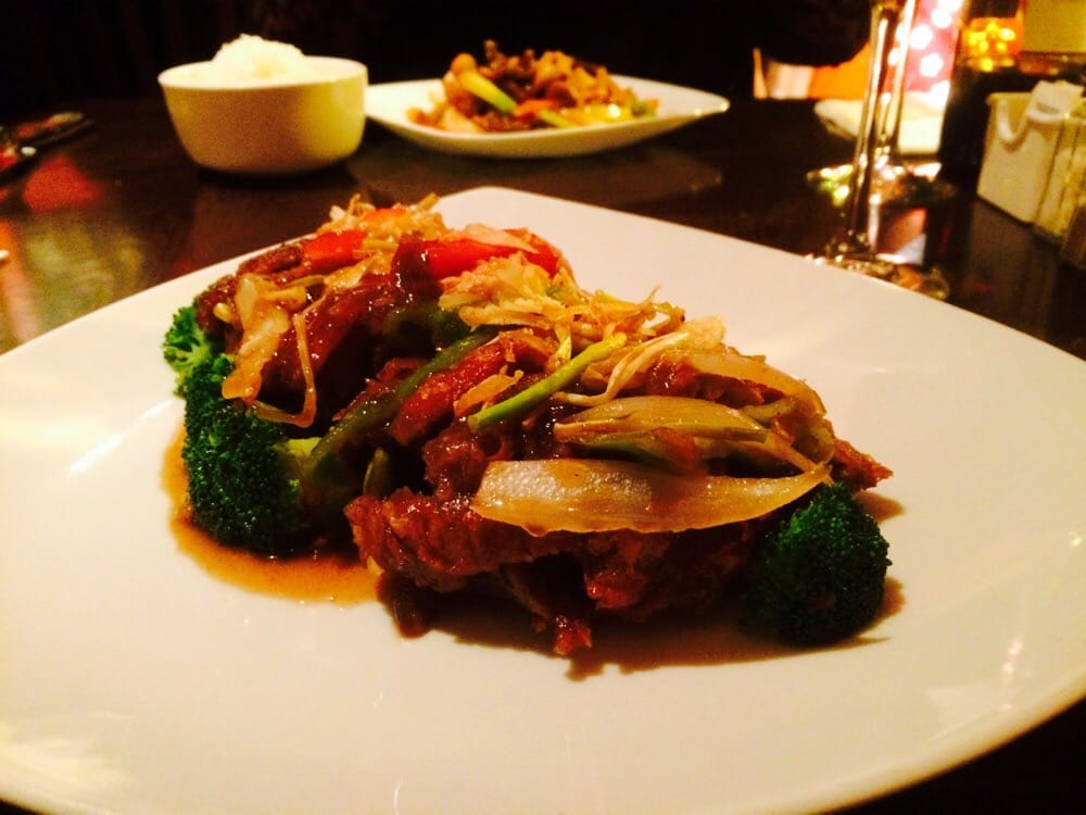 Roasted duck with tamarind sauce as they say this is on for 5 star thai cuisine union city