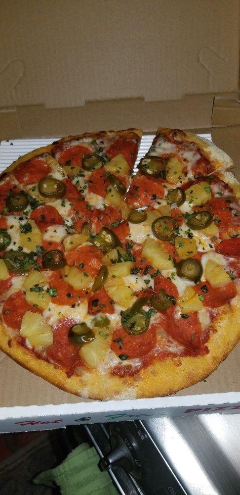 Placitas Pizza: 221 NM-165, Placitas, NM