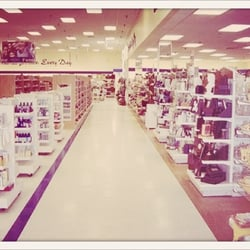 ce68ca5d1f7 Marshalls - 15 Reviews - Department Stores - 4450 Montgomery Rd ...
