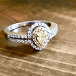 Photo Of Helzberg Diamonds Minneapolis Mn United States This Was The Ring