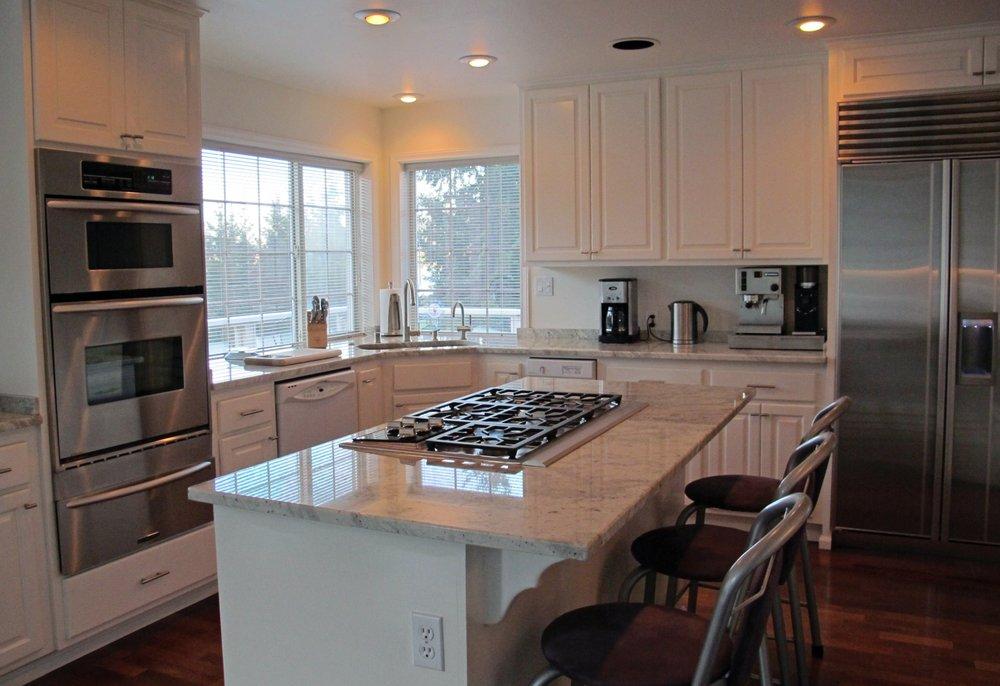 Countertops for Less: 4781 Guide Meridian, Bellingham, WA