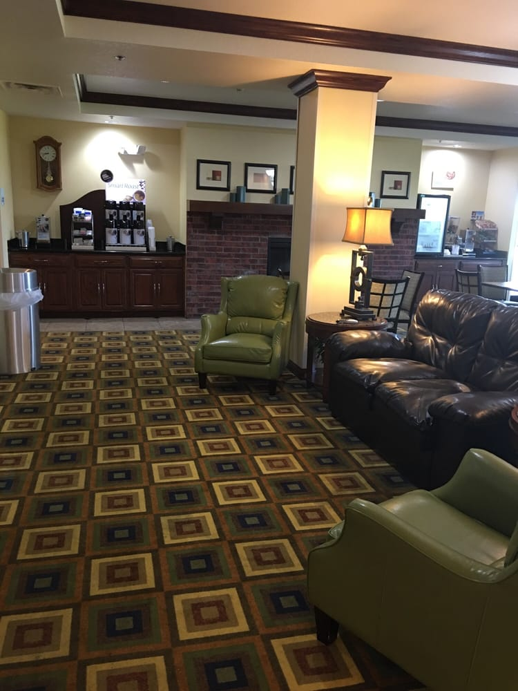 Holiday Inn Express & Suites Childress: 3001 Ave F NW, Childress, TX
