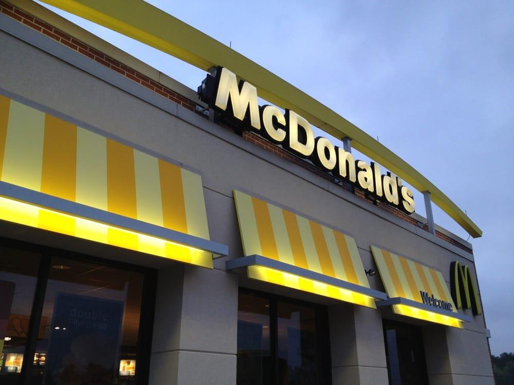 McDonald's: 1119 Airport Fernwood Rd, McComb, MS