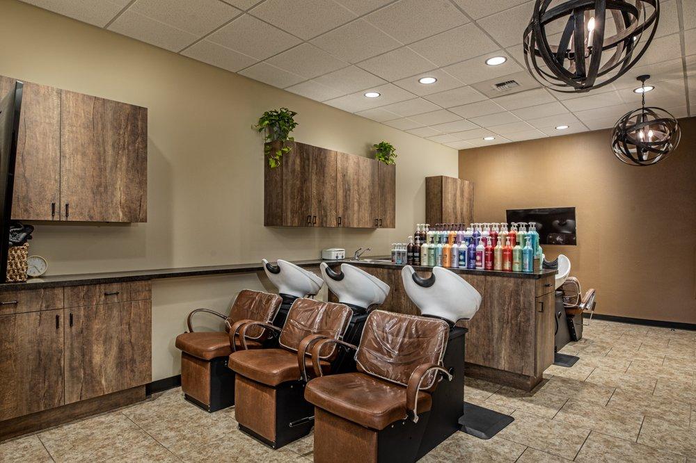 Elle Marie Hair Studio: 13317 NE 175th St, Woodinville, WA