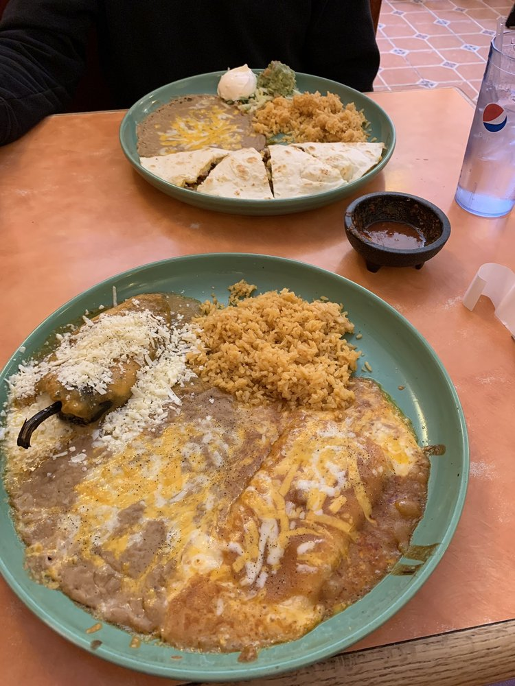 Los Cabos Mexican Restaurant: 120 W Pine, Pinedale, WY