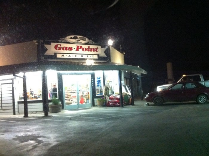 Gas Point Market: 19980 Gas Point Rd, Cottonwood, CA