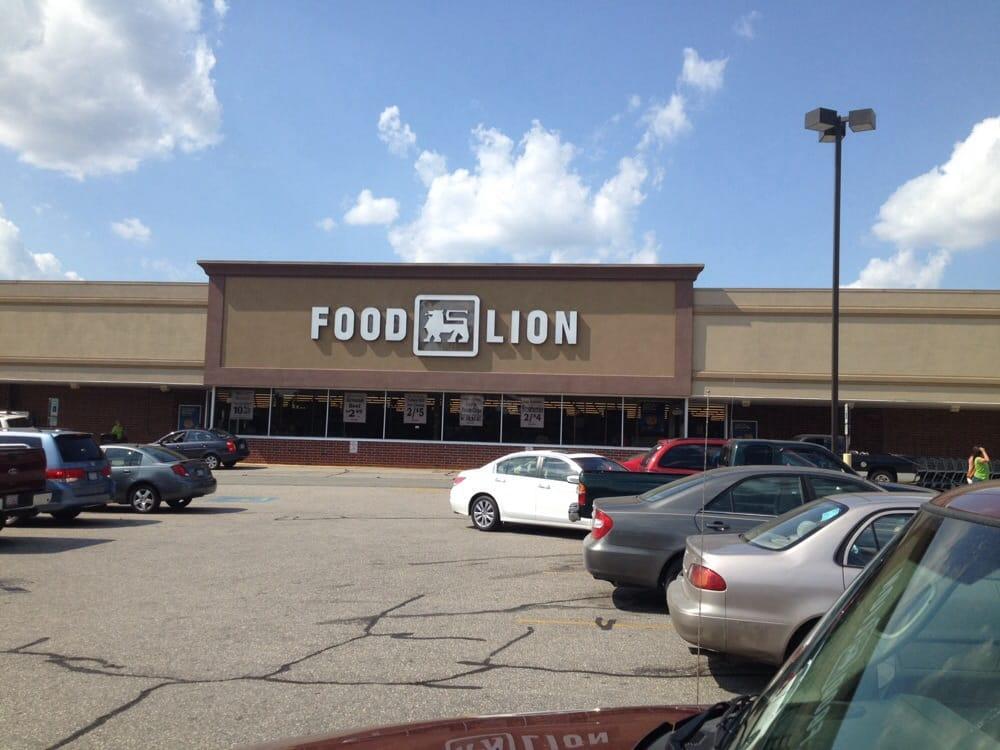 Food Lion: 347 North Blvd, Clinton, NC