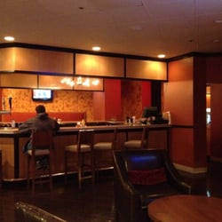 Crosswoods Bar And Grille
