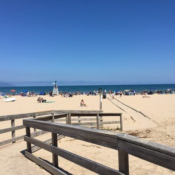 Photo Of Foster Avenue Beach Chicago Il United States Sun And Sand