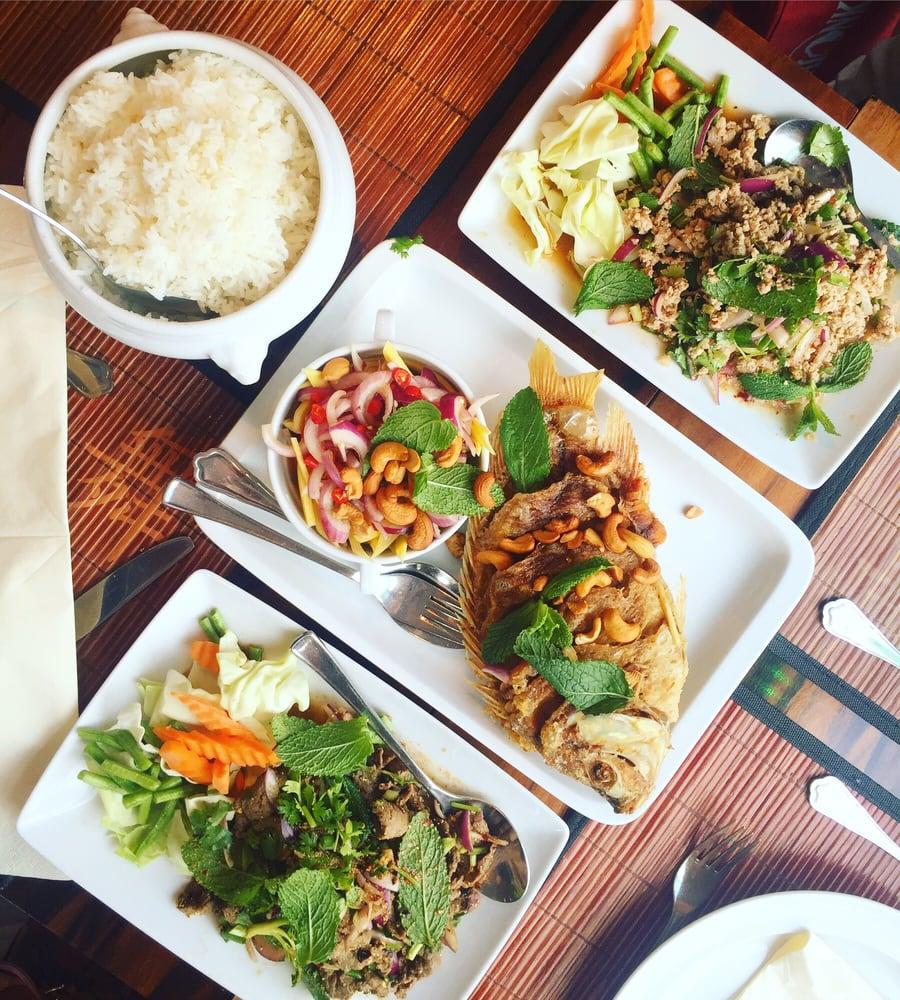 spisesteder nær forum thai corner