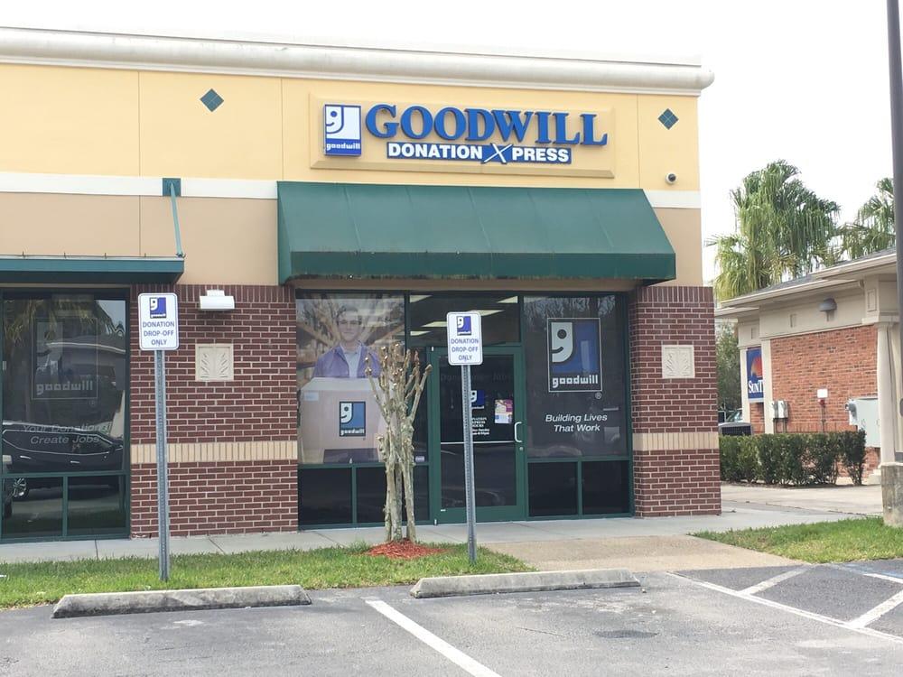 Goodwill Industries Donation Xpress: 3520 Avalon Park E Blvd, Orlando, FL