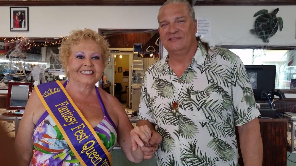 Jeff's Gems: 906 Kennedy Dr, Key West, FL