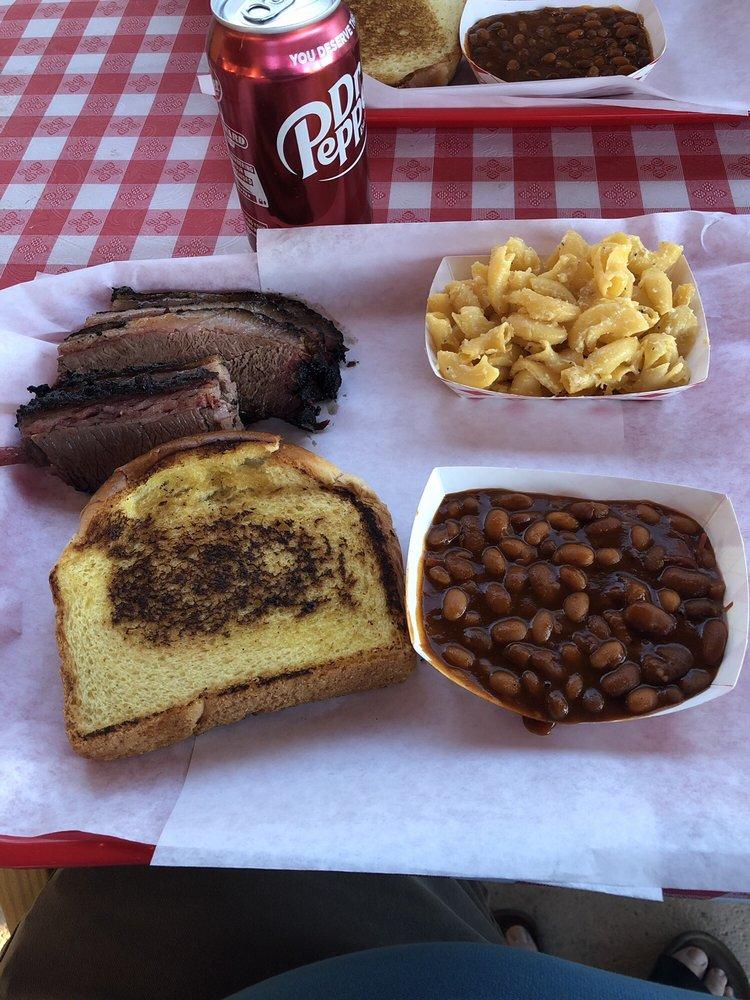 Tay's BBQ: 16461 S Houghton Rd, Vail, AZ