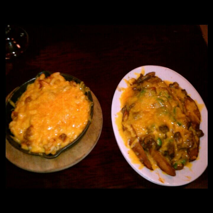 Cheesy goodness buffalo mac cheese loaded potato for Harlem food bar yelp