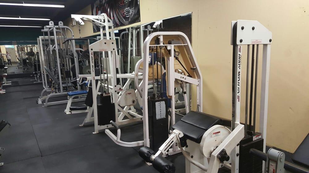 Tarboro Athletic Club: 502 Albemarle Ave, Tarboro, NC