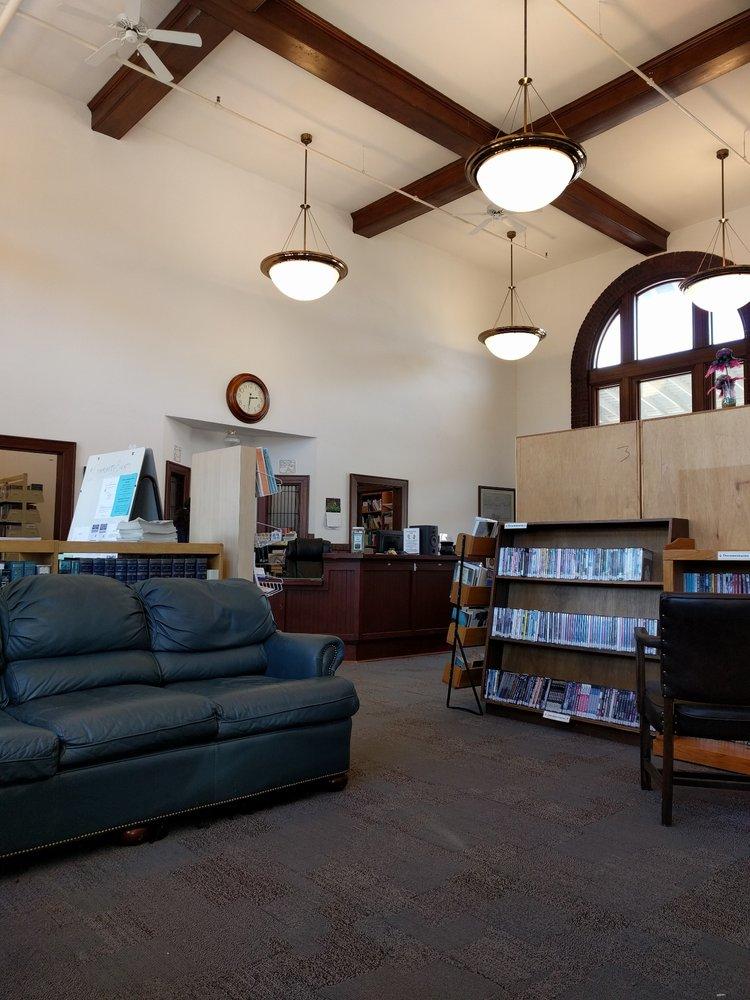 Unicoi County Library: 201 Nolichucky Ave, Erwin, TN