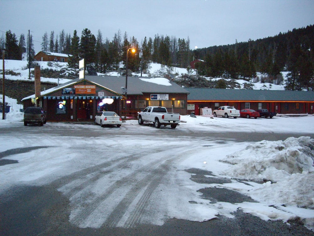Brown Derby Restaurant Bar And Inn: 360 Brown Derby Ln, Anaconda, MT