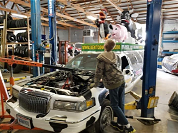 Witvoet Tire Sales: 25621 S Dixie Hwy, Crete, IL