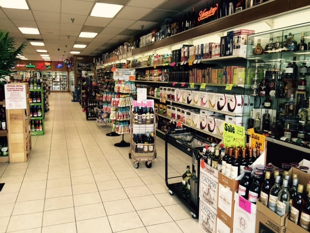 Thirsty's Wine and Spirits: 6191 Oxon Hill Rd, Oxon Hill, MD