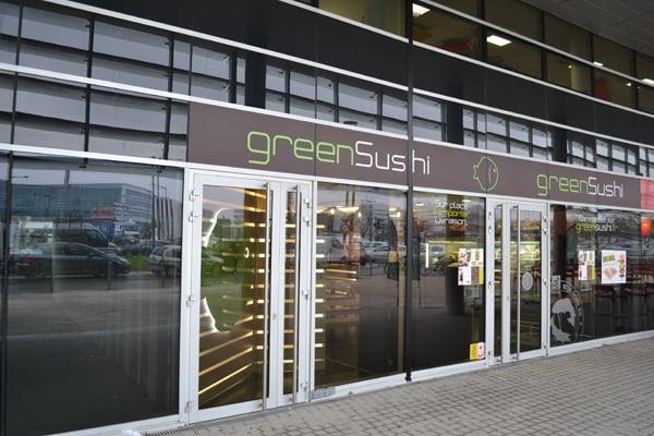 greensushi ferm 10 photos livraison domicile 2 place ravezies chartrons grand parc. Black Bedroom Furniture Sets. Home Design Ideas