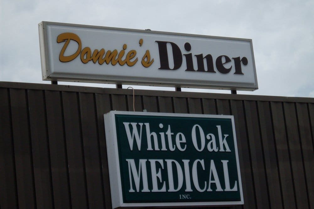 Donnie's Diner: 11016 State Hwy 76, Reeds Spring, MO