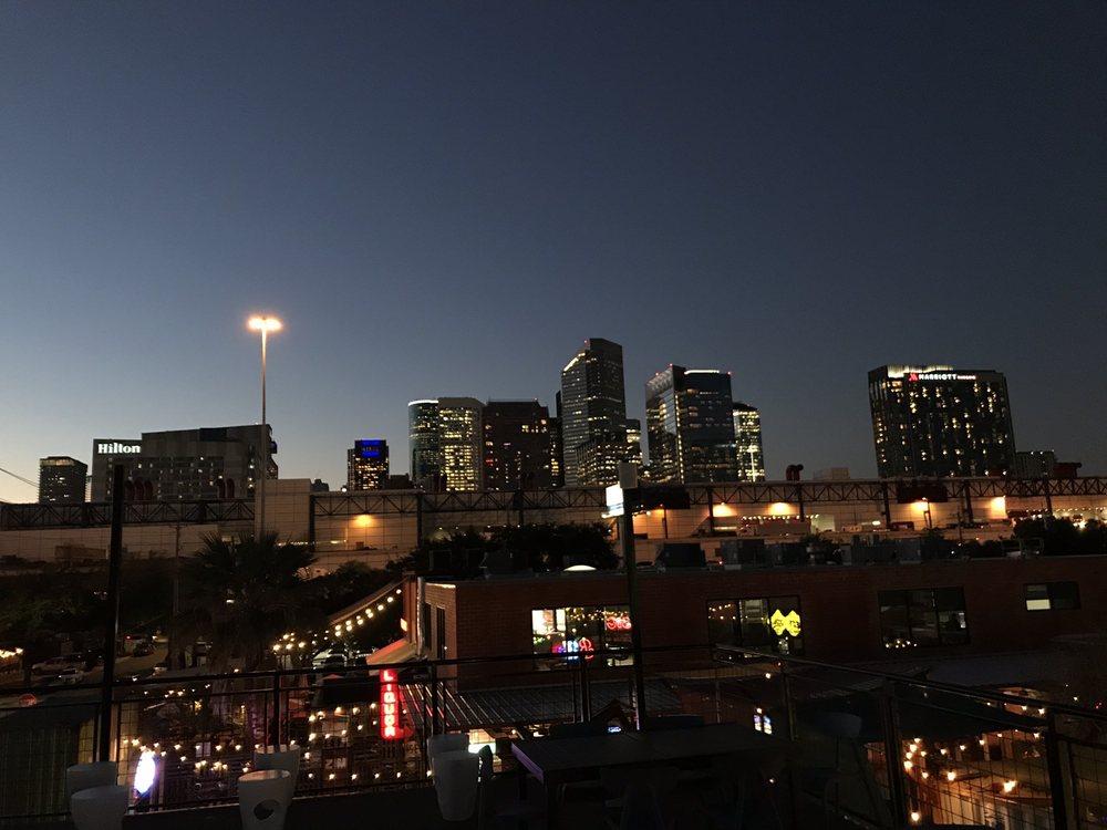 Sunset: 2119 Dallas St, Houston, TX