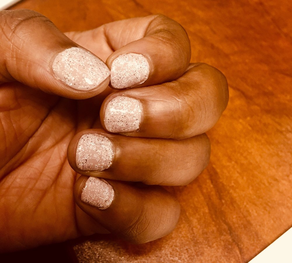 Fresh Nails Salon: 5661 Hamilton Blvd, Allentown, PA