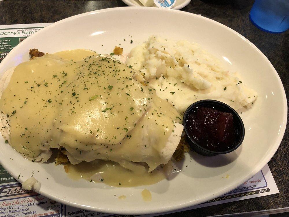 Geets Diner & Bar: 14 N Black Horse Pike, Williamstown, NJ