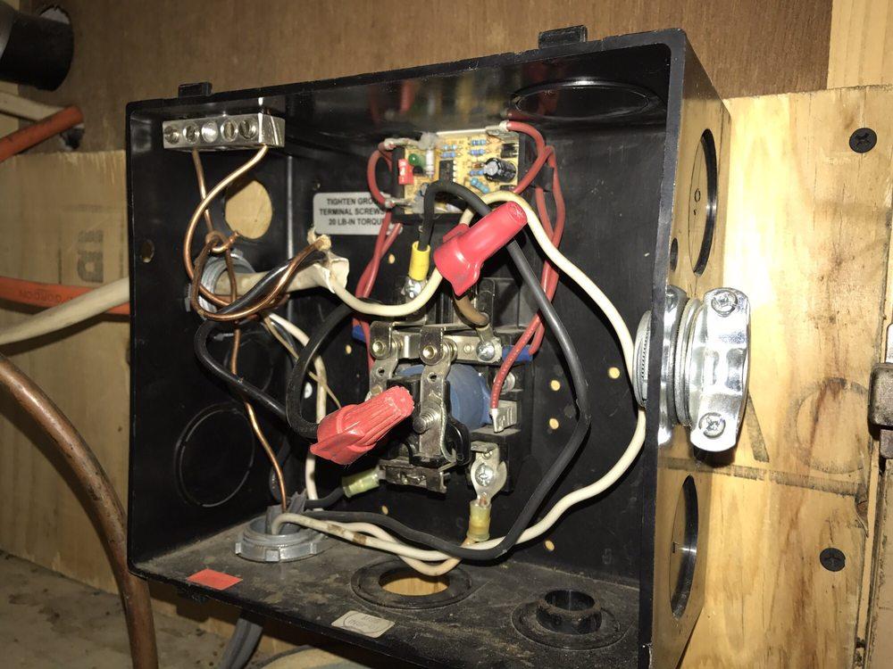 Mobil Tech RV Repair: 46147 Hwy 60, Salome, AZ