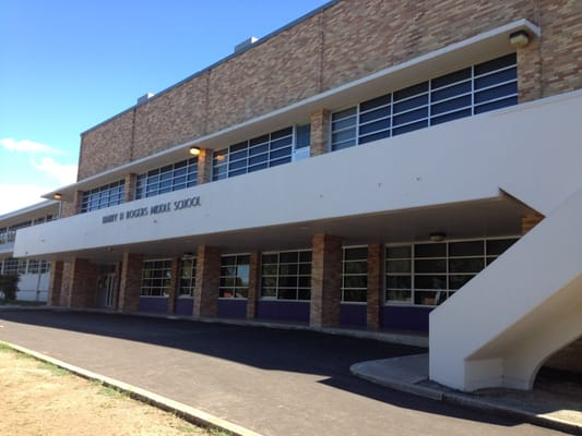 Photo of Rogers Middle School - San Antonio, TX, United States