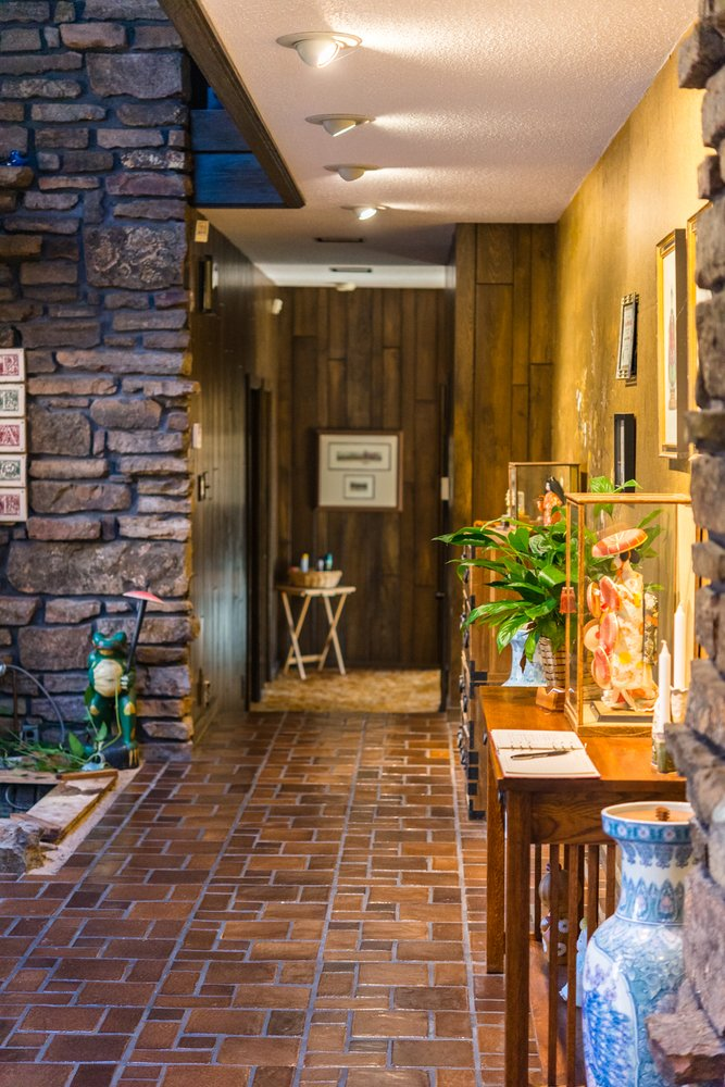 The Inn - Bella Vista: 101 Chelsea Rd, Bella Vista, AR