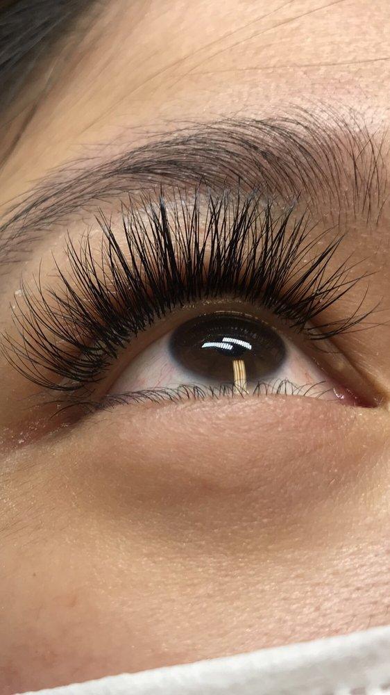 Kristi Phan Eyelashes: 301 N Range Ave, Denham Springs, LA