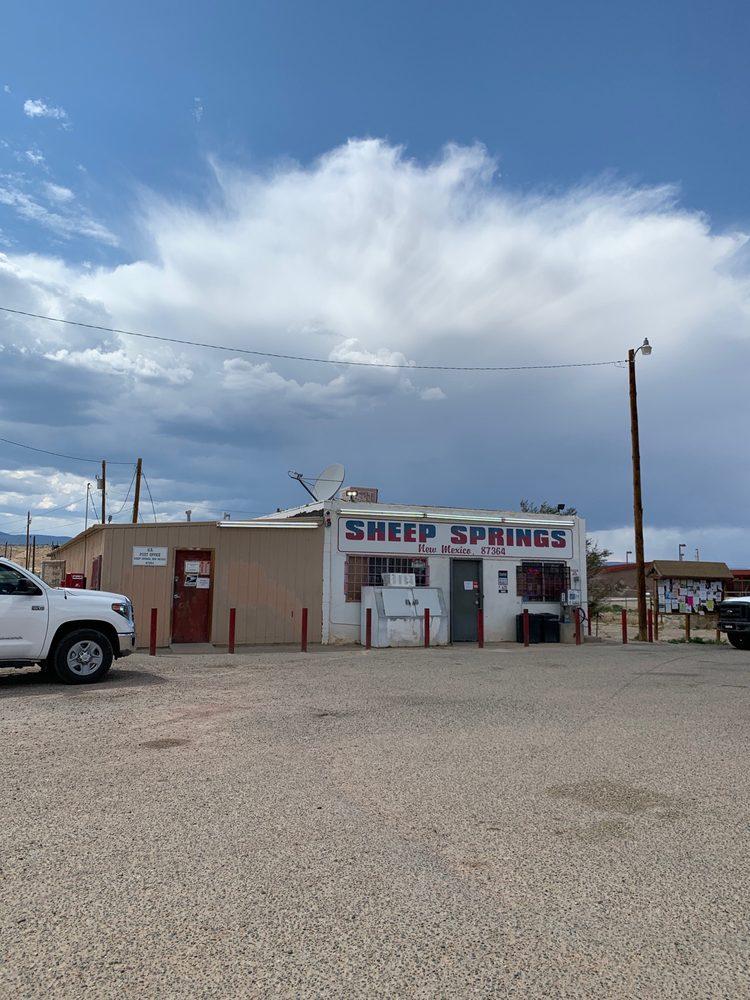 Sheepsprings Express: 491 Red Mesa Rd, Sheep Springs, NM