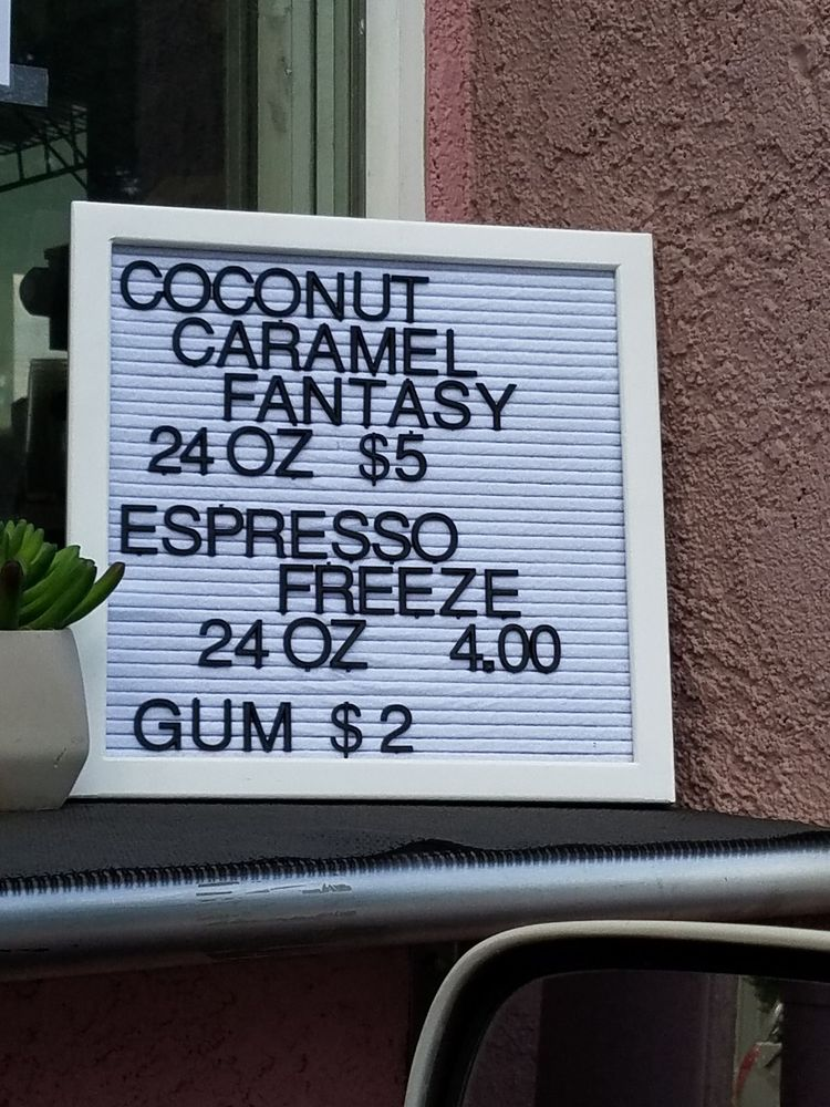 Black Rose Coffee & Tea: 9539 Old Oregon Trl, Redding, CA