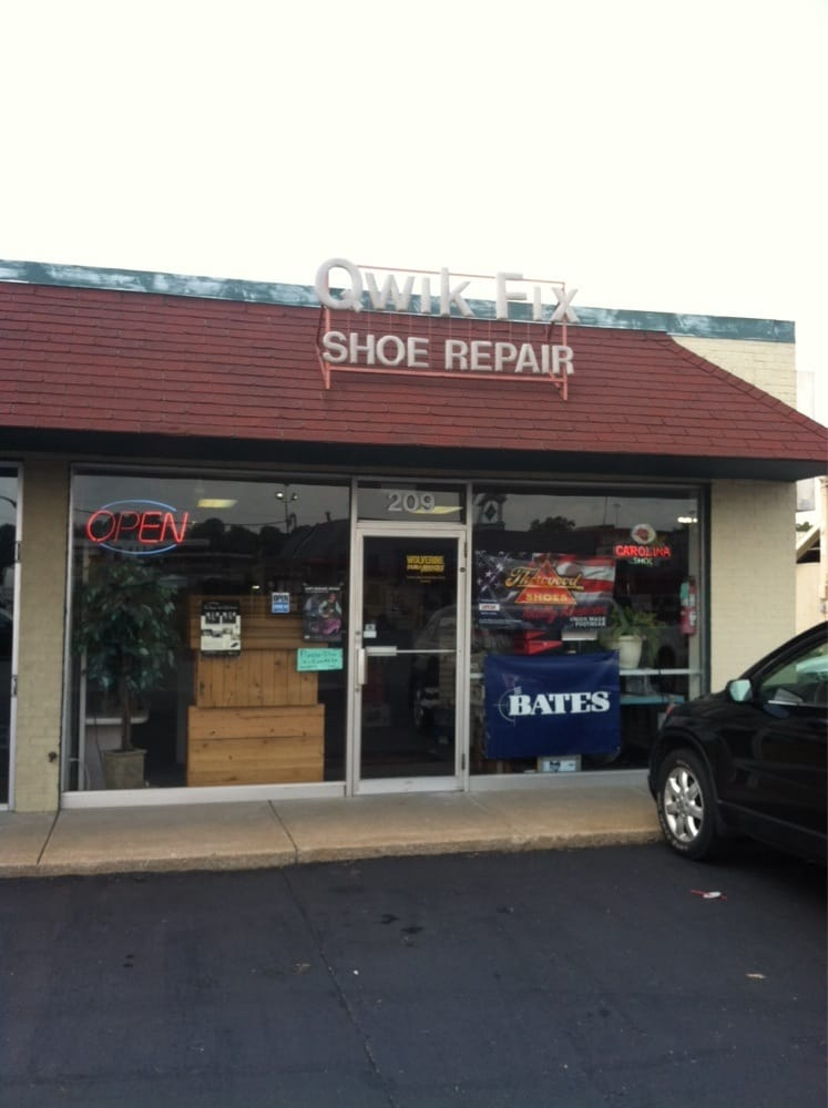 Shoe stores near me 28 images buckles childrens shoe for Nearby boutiques