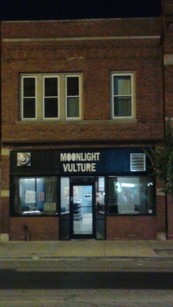 Photos for Moonlight Vulture - Yelp