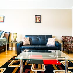 Central Hollywood Studio Apartment Vacation Rentals