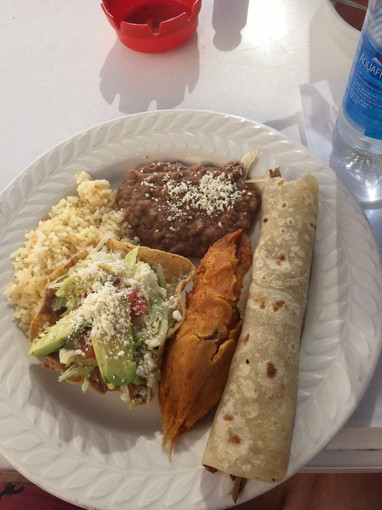 Restaurante El Paraiso: Callejón Alamo S/N, Vicente Guerrero, BCN