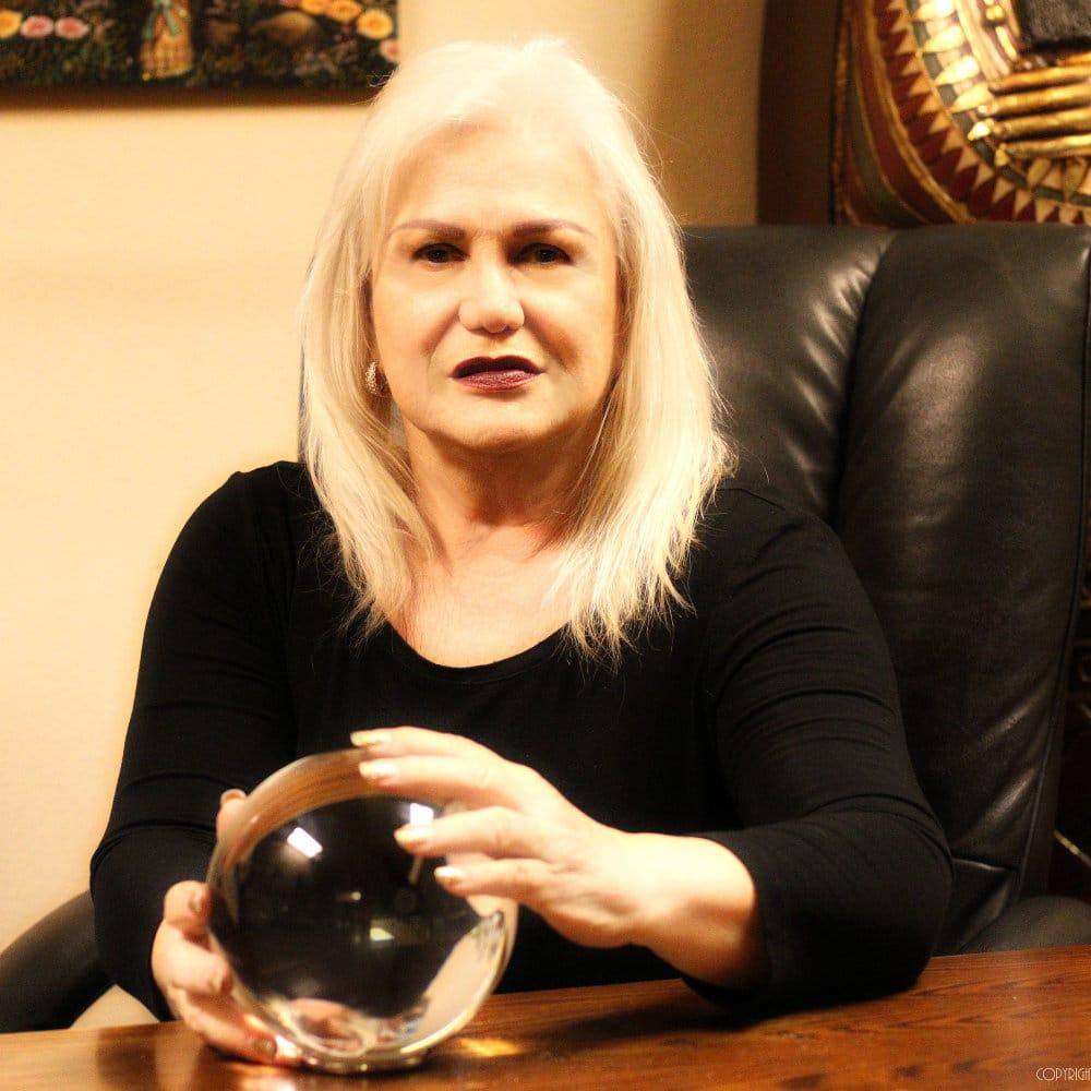 Psychic Lynn: 600 Phil Hansen Dr, Canutillo, TX