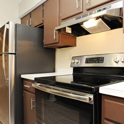 Waterford Village Apartments - 27 Photos & 17 Reviews - Apartments ...
