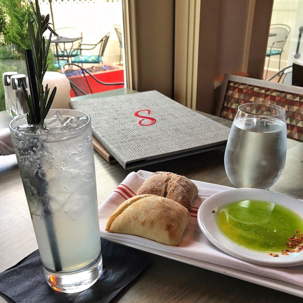 Sorelle Bar & Grill: 1400 Bedford St, Abington, MA