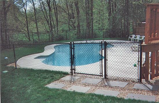 Chain Link Pool Enclosure Keeps Out Wildlife Yelp